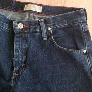 Tulsa low rise slim fit Wrangler jeans